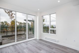 """Photo 4: 101 217 CLARKSON Street in New Westminster: Downtown NW Townhouse for sale in """"Irving Living"""" : MLS®# R2545600"""