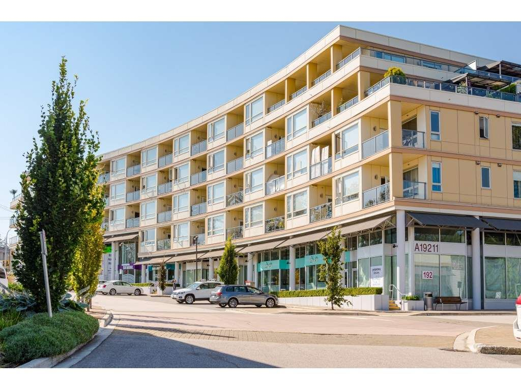 """Photo 27: Photos: 315 19228 64 Avenue in Surrey: Clayton Condo for sale in """"FOCAL POINT"""" (Cloverdale)  : MLS®# R2481765"""
