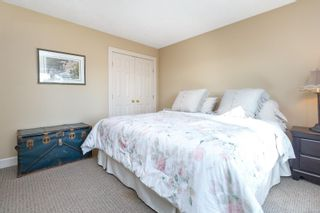Photo 27: 6315 Clear View Rd in : CS Martindale House for sale (Central Saanich)  : MLS®# 871039