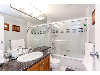 """Photo 18: 844 W 7TH AVE - LISTED BY SUTTON CENTRE REALTY in Vancouver: Fairview VW Townhouse for sale in """"WILLOW CASTLE"""" (Vancouver West)  : MLS®# V1106691"""