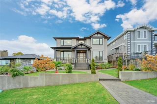 """Photo 2: 3963 NAPIER Street in Burnaby: Willingdon Heights House for sale in """"BURNABY HIEGHTS"""" (Burnaby North)  : MLS®# R2518671"""