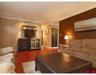 Photo 5: 9464 210TH Street in Langley: Walnut Grove House for sale : MLS®# F2803106