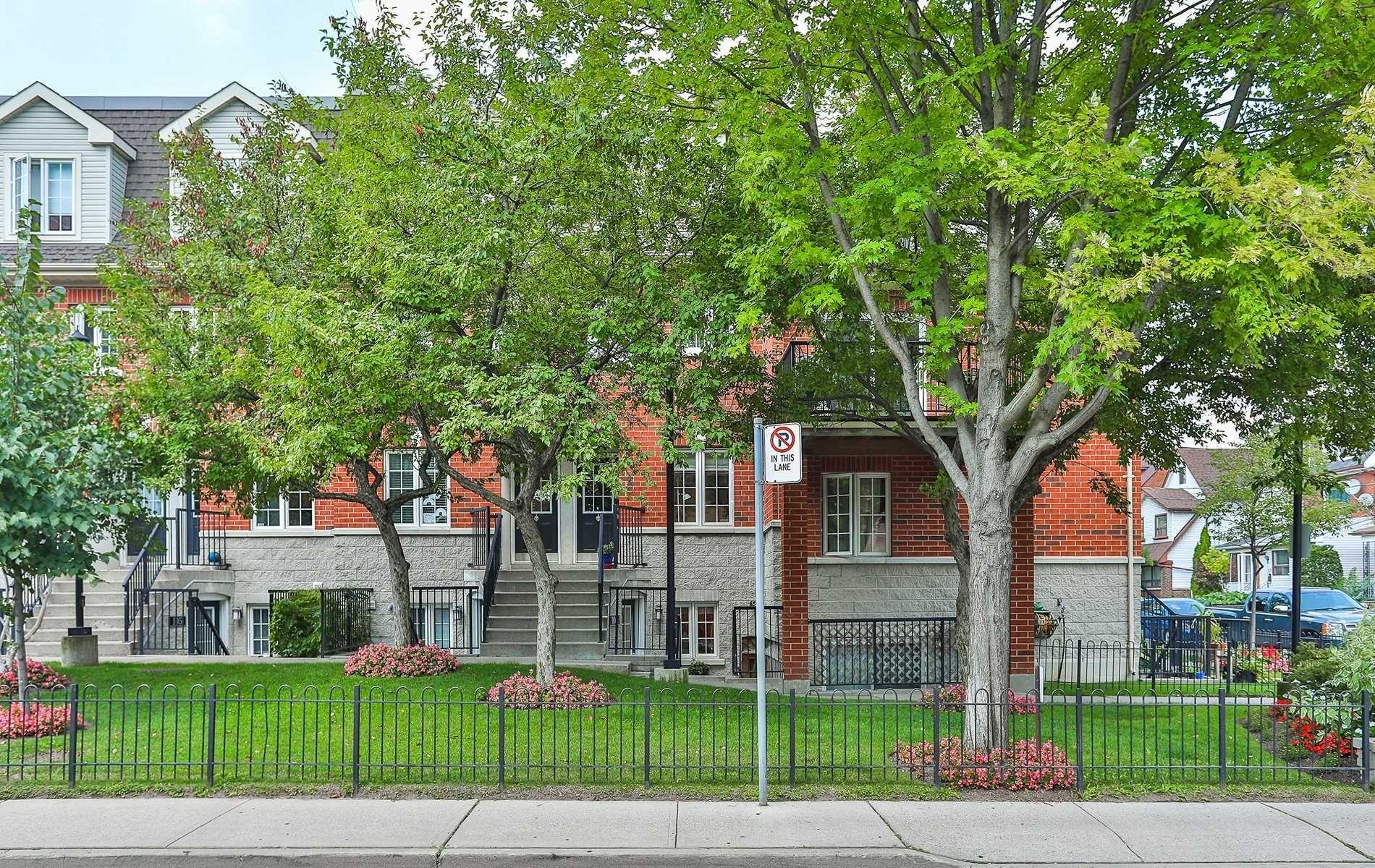 Main Photo: 103 262 St Helens Avenue in Toronto: Dufferin Grove Condo for sale (Toronto C01)  : MLS®# C4885799