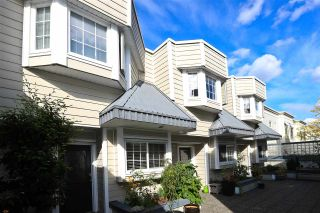 Photo 1: 107 3753 W 10TH Avenue in Vancouver: Point Grey Townhouse for sale (Vancouver West)  : MLS®# R2502450