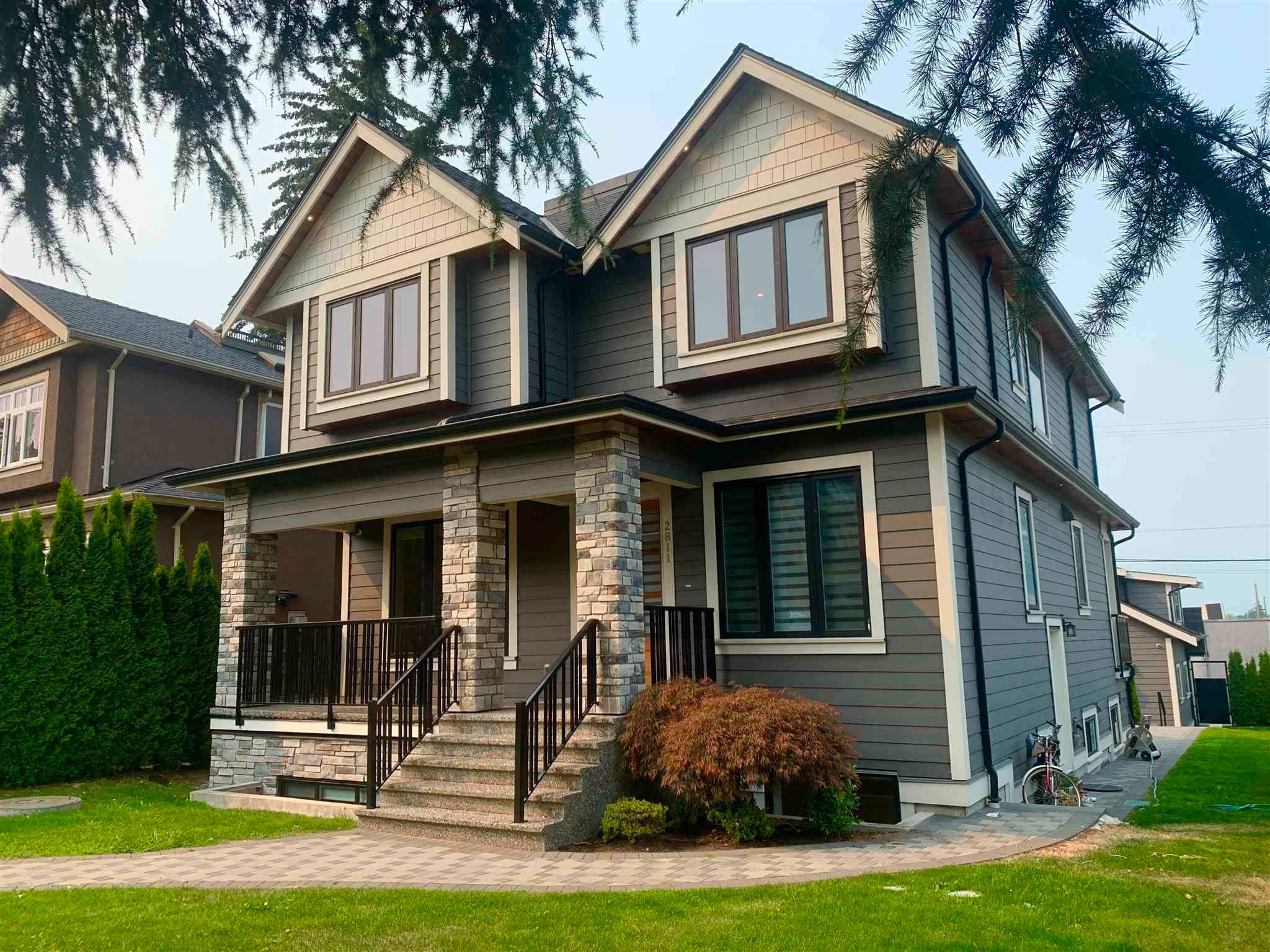 Main Photo: 2811 OLIVER Crescent in Vancouver: Arbutus House for sale (Vancouver West)  : MLS®# R2606149