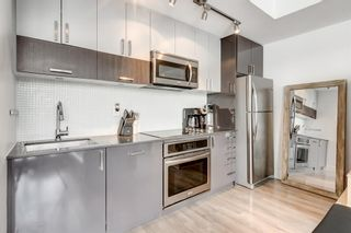 Photo 3: 801 550 Riverfront Avenue SE in Calgary: Downtown East Village Apartment for sale : MLS®# A1068859
