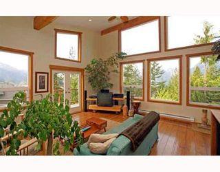 Photo 1: 1013 TOBERMORY Way in Squamish: Garibaldi Highlands House for sale : MLS®# V757176