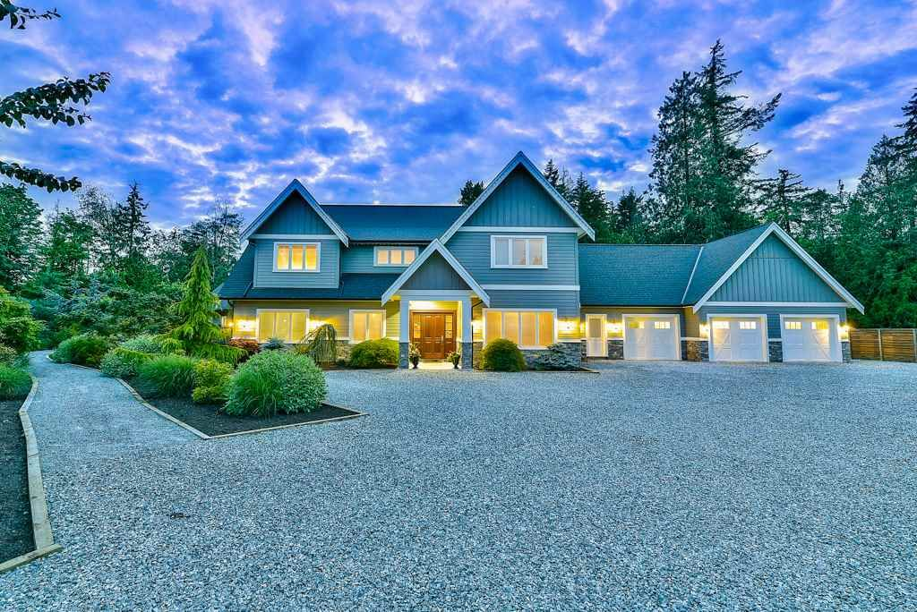 Photo 2: Photos: 20053 FERNRIDGE CRESCENT in Langley: Brookswood Langley House for sale : MLS®# R2530533