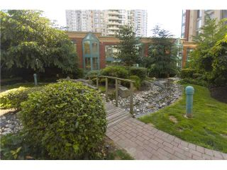 """Photo 6: 1003 939 HOMER Street in Vancouver: Downtown VW Condo for sale in """"PINNACLE"""" (Vancouver West)  : MLS®# V819841"""