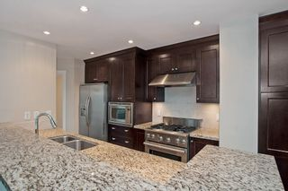"""Photo 7: 505 14824 N BLUFF Road: White Rock Condo for sale in """"Belaire"""" (South Surrey White Rock)  : MLS®# R2024928"""