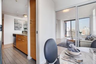"""Photo 6: 3307 33 SMITHE Street in Vancouver: Yaletown Condo for sale in """"COOPER'S LOOKOUT"""" (Vancouver West)  : MLS®# R2615498"""