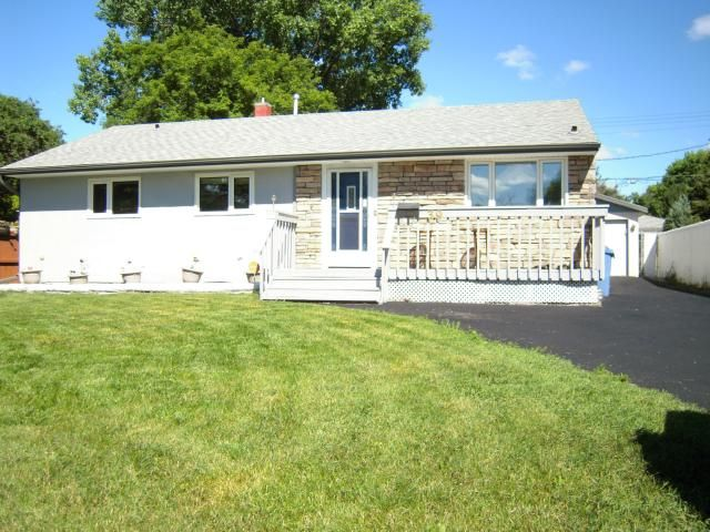 Main Photo: 39 Baffin Crescent in WINNIPEG: St James Residential for sale (West Winnipeg)  : MLS®# 1315258