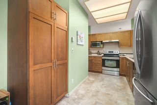 "Photo 13: 506 2800 CHESTERFIELD Avenue in North Vancouver: Upper Lonsdale Condo for sale in ""Somerset Garden"" : MLS®# R2472780"