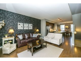 """Photo 7: 77 18983 72A Avenue in Surrey: Clayton Townhouse for sale in """"KEW"""" (Cloverdale)  : MLS®# R2034361"""