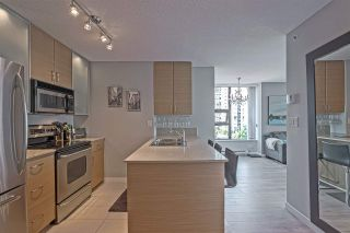 "Photo 4: 701 928 HOMER Street in Vancouver: Yaletown Condo for sale in ""YALETOWN PARK 1"" (Vancouver West)  : MLS®# R2395020"