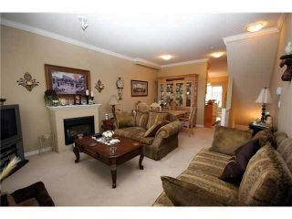 """Photo 3: 9 13028 NO 2 Road in Richmond: Steveston South Townhouse for sale in """"Water Side Village"""" : MLS®# V915444"""