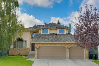 Photo 1: 74 SHAWNEE CR SW in Calgary: Shawnee Slopes House for sale : MLS®# C4226514