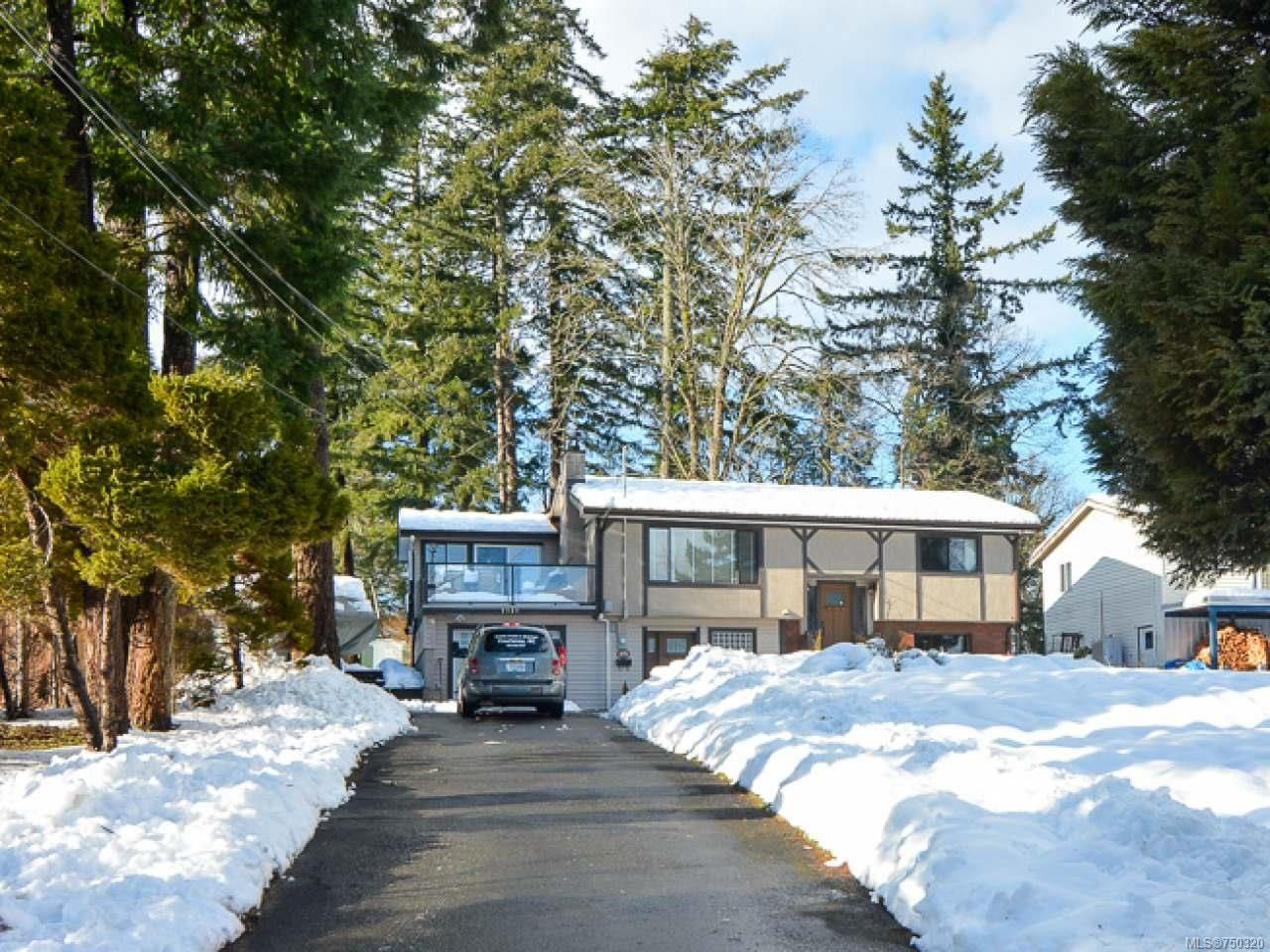 Main Photo: 2924 SUFFIELD ROAD in COURTENAY: CV Courtenay East House for sale (Comox Valley)  : MLS®# 750320