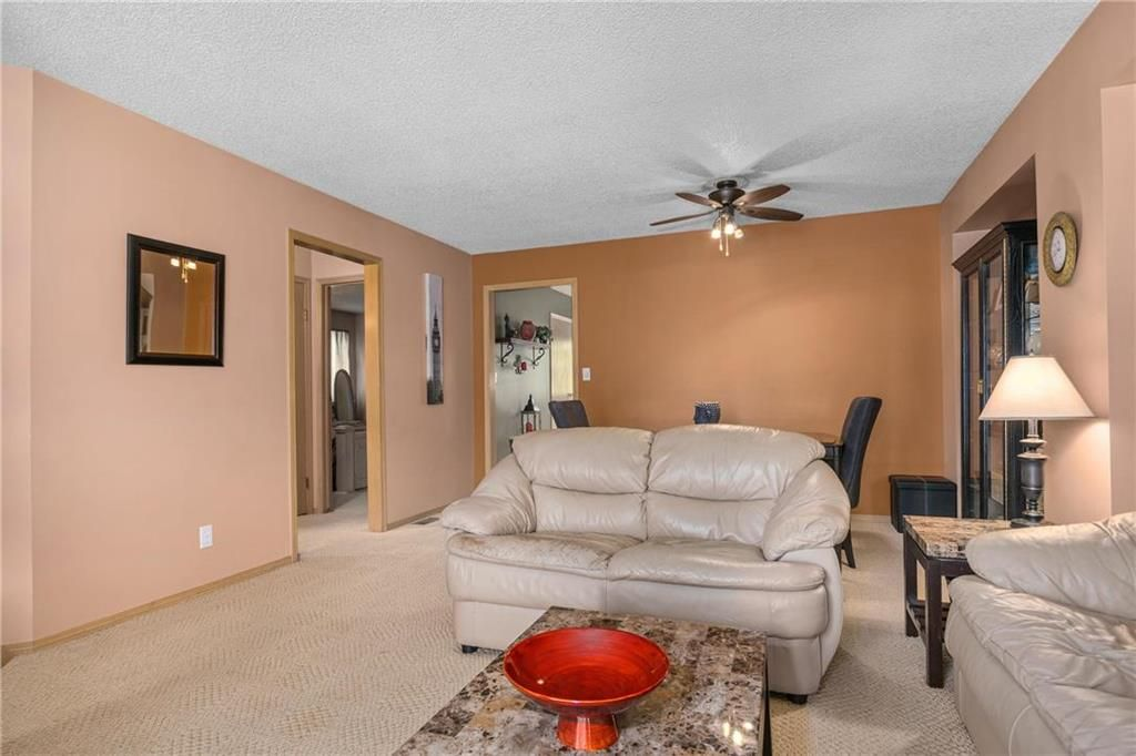 Photo 5: Photos: 144 Maplegrove Road in Winnipeg: Riverbend Residential for sale (4E)  : MLS®# 202024993