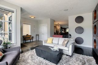 Photo 5: 2024 27 Avenue SW in Calgary: South Calgary Semi Detached for sale : MLS®# A1116777