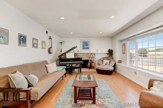 Photo 2: IMPERIAL BEACH House for sale : 4 bedrooms : 1104 Thalia St in San Diego
