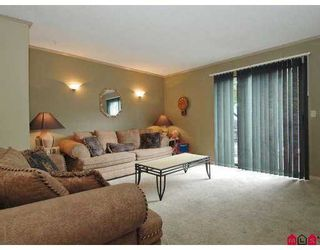 """Photo 4: 61 6645 138TH Street in Surrey: East Newton Townhouse for sale in """"Hyland Creek"""" : MLS®# F2720707"""