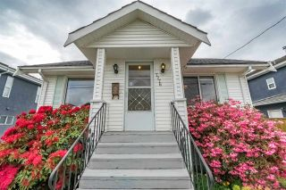Photo 3: 7776 17TH Avenue in Burnaby: East Burnaby House for sale (Burnaby East)  : MLS®# R2267433