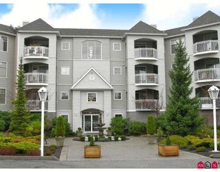 """Photo 1: 206 5677 208TH Street in Langley: Langley City Condo for sale in """"Ivy Lea"""" : MLS®# F2728512"""