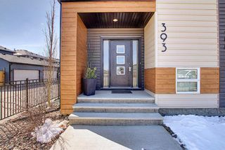 Photo 2: 393 Midtown Gate SW: Airdrie Row/Townhouse for sale : MLS®# A1097353