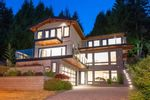 """Main Photo: 579 ST. GILES Road in West Vancouver: Glenmore House for sale in """"Glenmore"""" : MLS®# R2605501"""