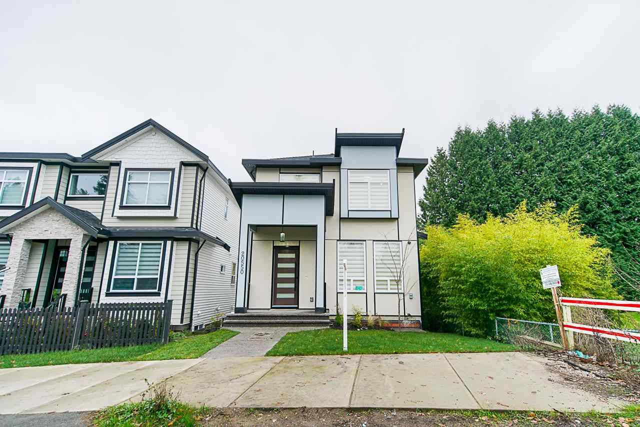 Main Photo: 20550 72 AVENUE in Langley: Willoughby Heights House for sale : MLS®# R2520014