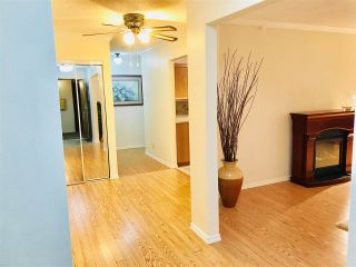 """Photo 5: 103 15317 THRIFT Avenue: White Rock Condo for sale in """"The Nottingham"""" (South Surrey White Rock)  : MLS®# R2336892"""