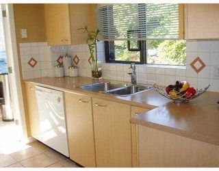 """Photo 7: 102 1575 W 10TH Avenue in Vancouver: Fairview VW Condo for sale in """"TRITON"""" (Vancouver West)  : MLS®# V734900"""