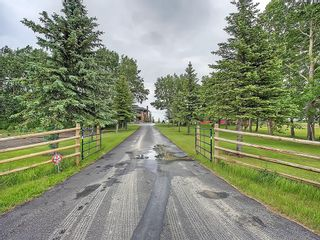 Photo 2: 272116 PANORAMA Road in Rural Rocky View County: Rural Rocky View MD House for sale
