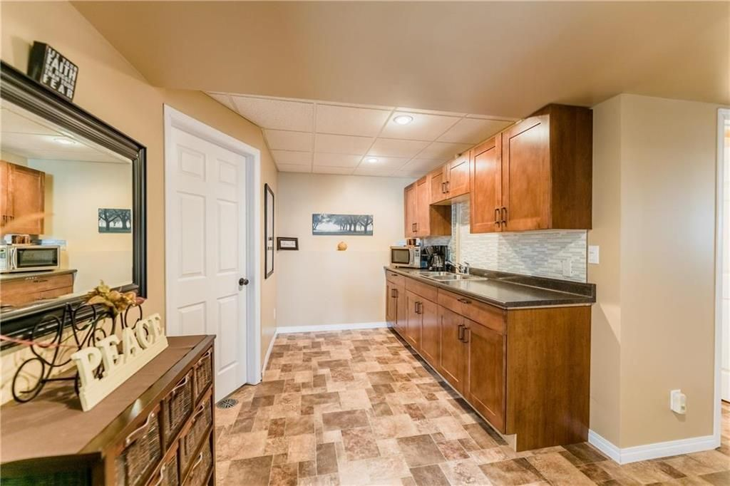 Photo 29: Photos: 18 JUNIPER Avenue in Steinbach: Southwood Residential for sale (R16)  : MLS®# 202024800