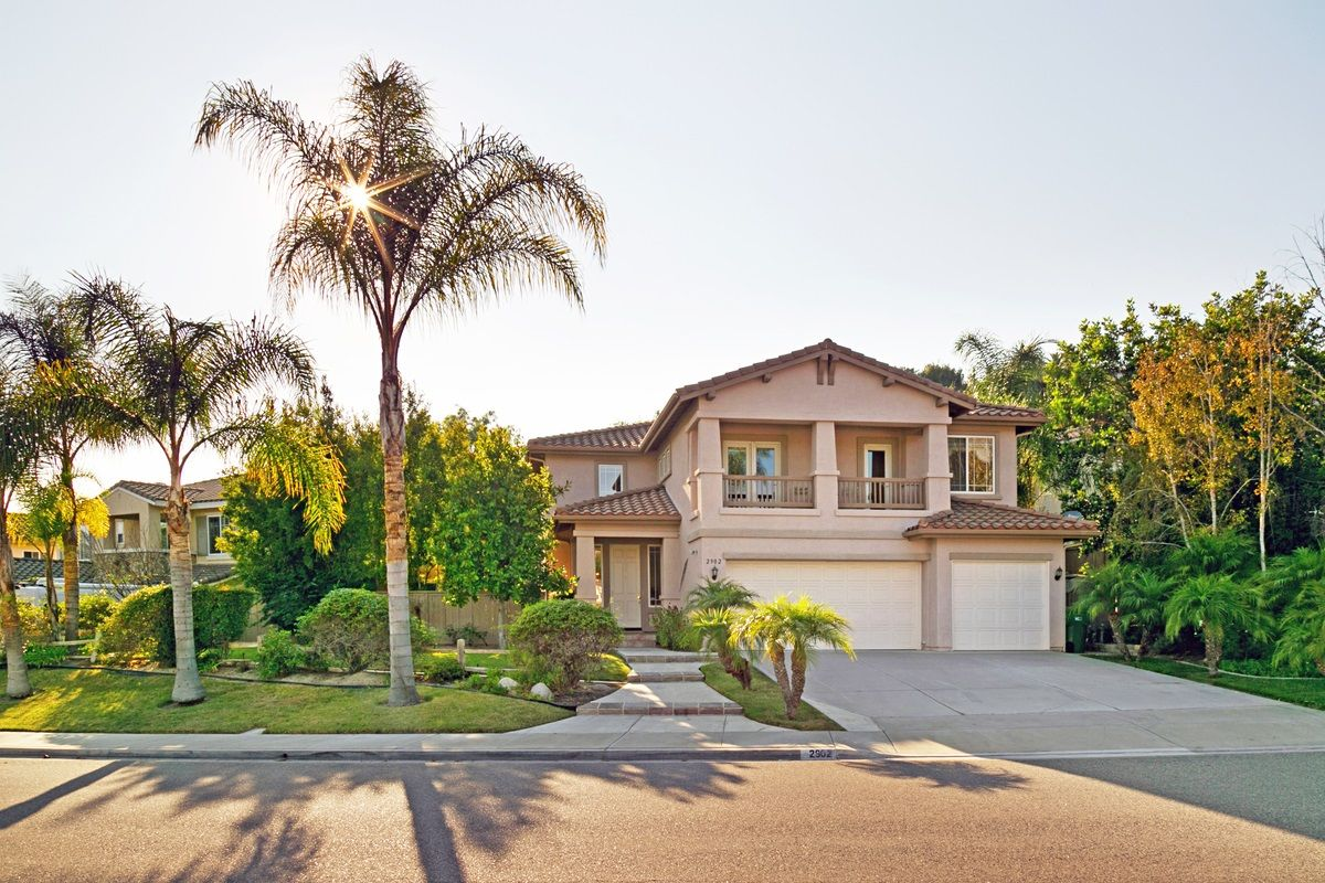 Main Photo: CARLSBAD SOUTH House for sale : 5 bedrooms : 2902 Rancho Rio Chico in Carlsbad