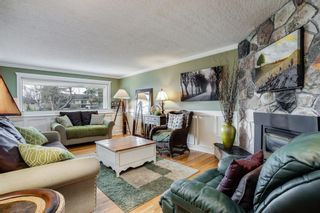 Photo 3: 4720 26 Avenue SW in Calgary: Glendale Detached for sale : MLS®# A1102212