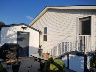 """Photo 19: 98 1840 160 Street in Surrey: King George Corridor Manufactured Home for sale in """"Breakaway Bays"""" (South Surrey White Rock)  : MLS®# R2312911"""