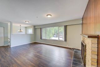 Photo 5: 2682 PARKWAY Drive in Surrey: King George Corridor House for sale (South Surrey White Rock)  : MLS®# R2578085