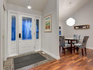 Photo 2: 7020 78 Street NW in Calgary: Silver Springs Detached for sale : MLS®# C4244091