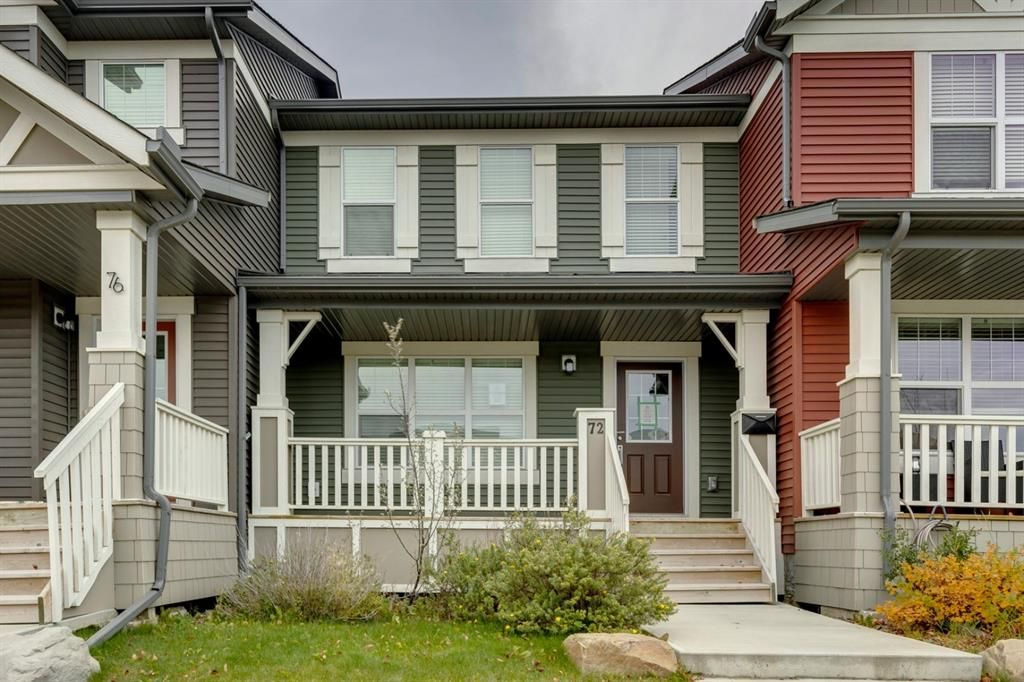 Main Photo: 72 Sunvalley Road: Cochrane Row/Townhouse for sale : MLS®# A1152230