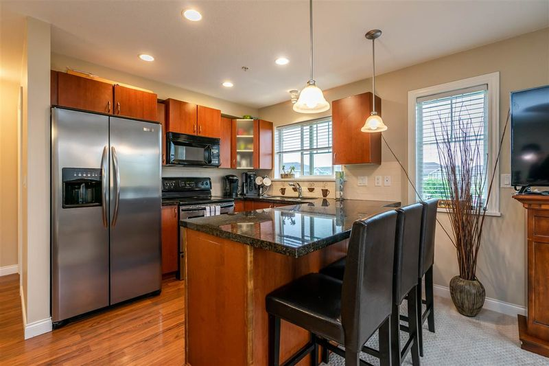 FEATURED LISTING: 204 - 19730 56 Avenue Langley