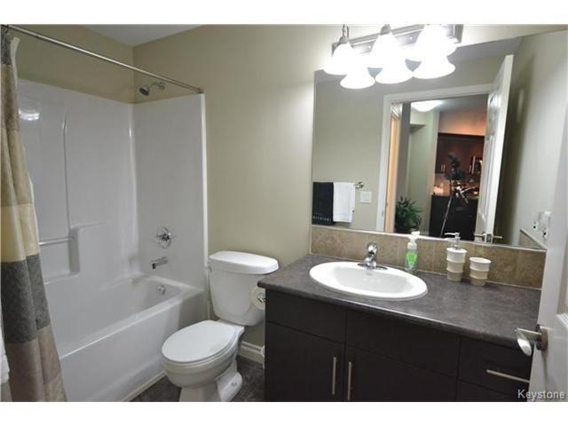 Photo 15: Photos: 1205 St Anne's Road in Winnipeg: River Park South Condominium for sale (2F)  : MLS®# 1702876