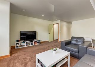 Photo 36: 3322 41 Street SW in Calgary: Glenbrook Detached for sale : MLS®# A1069634