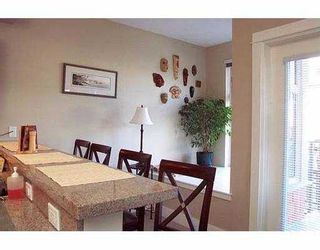 """Photo 7: 202 118 W 22ND ST in North Vancouver: Central Lonsdale Condo for sale in """"SENTRY"""" : MLS®# V574987"""
