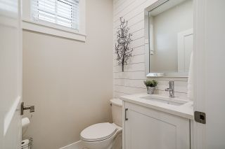 """Photo 9: 7 34121 GEORGE FERGUSON Way in Abbotsford: Central Abbotsford House for sale in """"Ferguson Place"""" : MLS®# R2561835"""