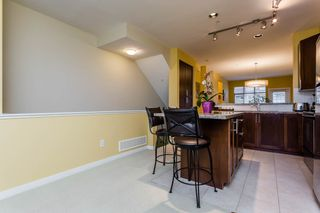"""Photo 2: 38 21661 88 Avenue in Langley: Walnut Grove Townhouse for sale in """"Monterra"""" : MLS®# R2156136"""
