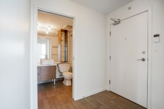 """Photo 22: 805 980 COOPERAGE Way in Vancouver: Yaletown Condo for sale in """"COOPERS POINTE by Concord Pacific"""" (Vancouver West)  : MLS®# R2614161"""