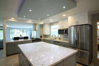 Photo 2: CARLSBAD SOUTH Manufactured Home for sale : 2 bedrooms : 7232 Santa Barbara #318 in Carlsbad
