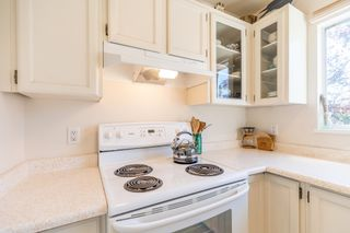 Photo 6: 3 112 ST. ANDREWS Avenue in North Vancouver: Lower Lonsdale Townhouse for sale : MLS®# R2609841